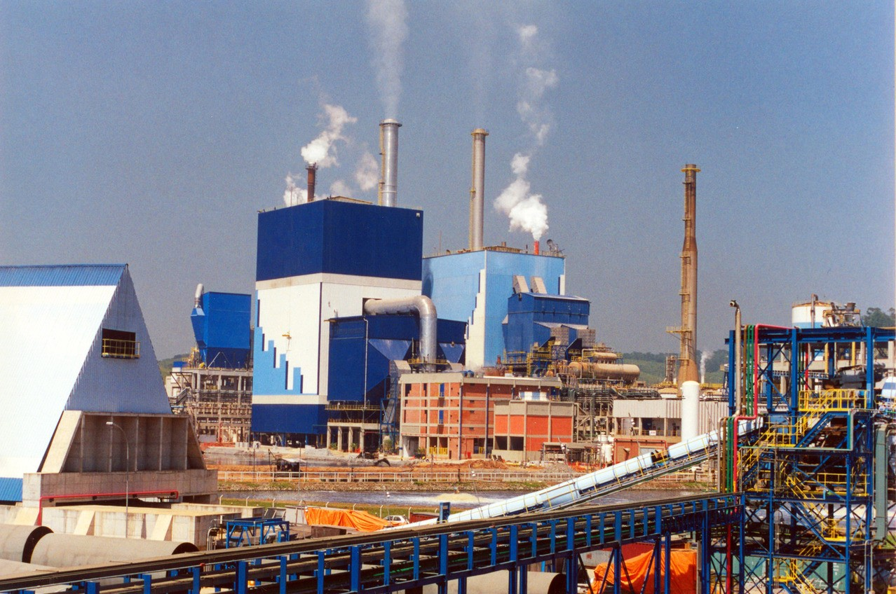 Jak przemysł wpływa na środowisko?